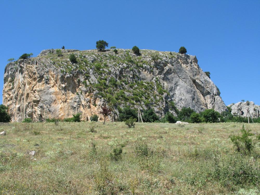 войны греческой фото скалы ярко красного цвета крым том